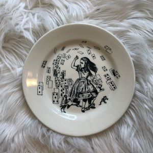Fishs Eddy Alice in Wonderland plate- rare retired